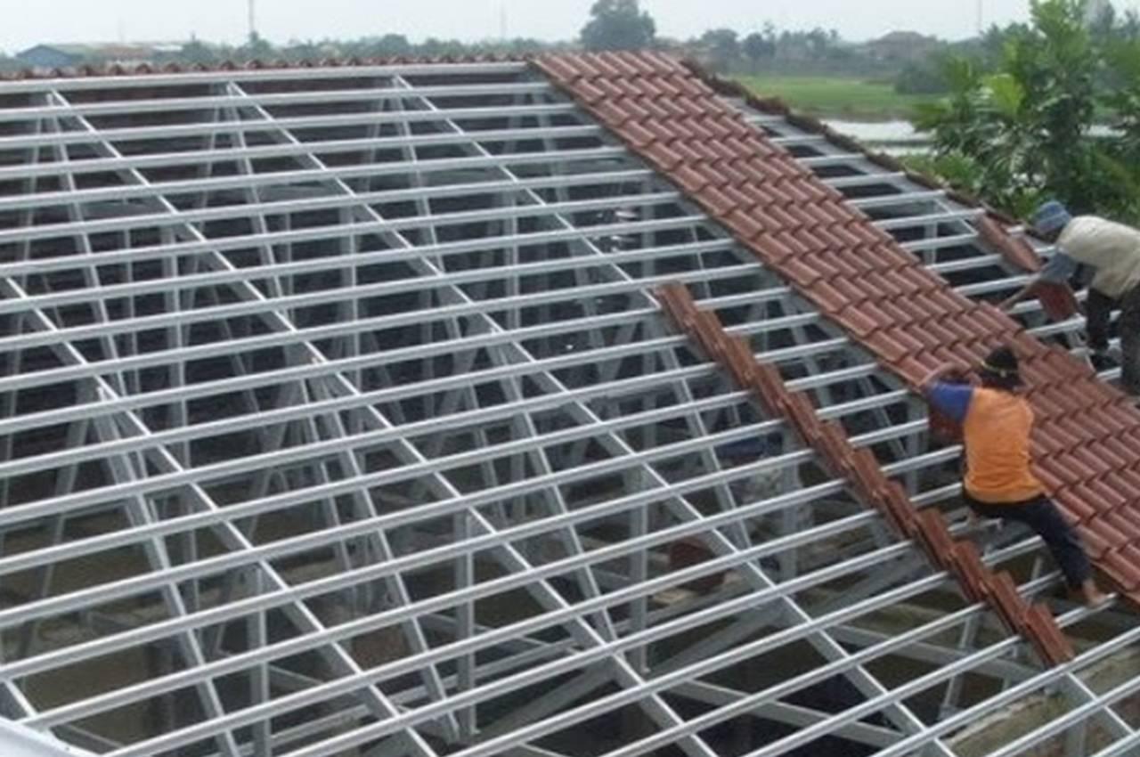 pemborong atap baja ringan di surabaya